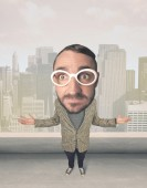 Person with big head — Stock Photo