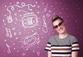 色合いと手描きのメディア アイコンを幸せな面白い女 — ストック写真