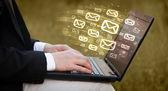 E-posta gönderme kavramı — Stok fotoğraf