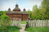 Alte Holzkirche, ukraine — Stockfoto