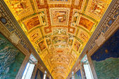 The ceiling in the Geographic gallery of the Vatican Museums. — Stock Photo