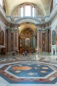 Interior of the Basilica of St. Mary of the Angels and the Mart — Stock Photo