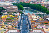 Rome cityscape with Castel Sant Angelo in Rome — Stock Photo