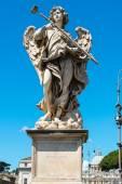 Angel statue on the Ponte Sant Angelo in Rome — Fotografia Stock