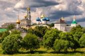 The great Trinity monastery in Sergiyev Posad near Moscow — Stock Photo