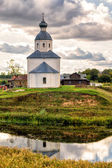 Lonely abandoned old church in Suzdal, Russia — Stock Photo