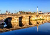 Bridge over the Loire in Blois, France — Stock Photo