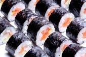 Sushi roll preparando — Fotografia Stock
