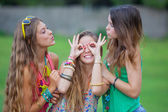 Teen girls goofing — Stock Photo