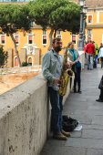 Street musician playing the saxophone in Rome, Italy  — Stock Photo