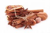 Anise, cinnamon — Stock Photo