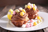 Tasty Easter dessert — Stock Photo