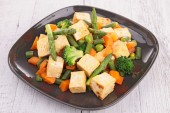 Fried tofu and vegetables — Stock Photo