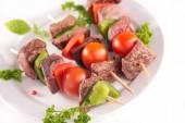 Brochette de boeuf avec légumes — Photo