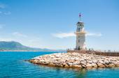 Lighthouse in the port of Alanya, Turkey — Stock Photo
