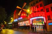 The Moulin Rouge cabaret in Paris — Stock Photo