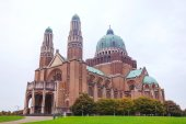 National Basilica of the Sacred Heart in Koekelberg — Stock Photo