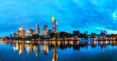 Cityscape of Frankfurt am Main at night — Stock Photo