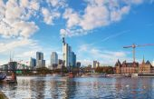 Cityscape of Frankfurt am Main on a sunny — Stock Photo
