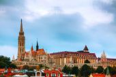 Old Budapest with St. Matthias church — Stock Photo
