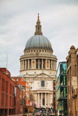 Saint Paul cathedral in London — Stock Photo