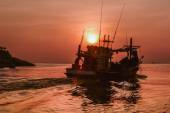 Small fishing boat in the sea — Stock Photo