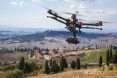 Flying drone in the skies of Tuscany — Stock Photo
