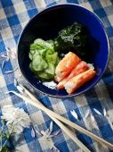 Crab meat and seaweeds salad — Stock Photo