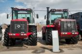 Tractors of Kirovskiy Plant production — Stock Photo