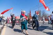 Members of KPRF on Victory Day parade — Stock Photo