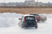 Sports ice competitions on cars — Stock Photo
