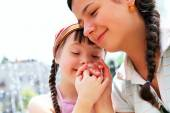 Happy family moments - Mother and child have a fun. — Foto Stock