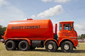 Cement mixer lorry — Stock Photo
