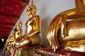 Estátuas de buda de ouro — Fotografia Stock