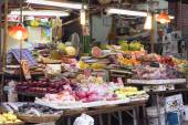 Market Stall in Graham Street  Market.Graham Street Market is popular tourist destination in Hong Kong. — Stock Photo