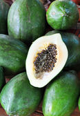 Green Papaya Fruit & Seeds — Stock Photo