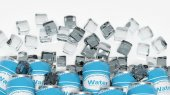 Group of cans with water in ice cubes isolated on white — Stock Photo