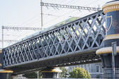 Lattice Girder Railway Bridge with Train, River Liffey, Dublin — Stock Photo