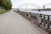 Railway Bridge and Banks of River Daugava, Riga — Stock Photo