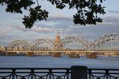 Railway Bridge and River Daugava, Riga — Stock Photo