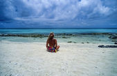 Girl on one of the many Belize islands — Stock Photo