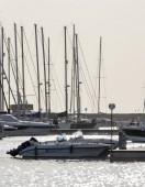 Vista de yates de lujo en la marina — Foto de Stock