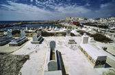 View of the city and a muslim cemetery in Tunisia — Zdjęcie stockowe