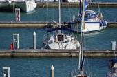 Yacht di lusso nel porto — Foto Stock