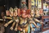 Hölzerne religiöse Gott Ganesh-statue — Stockfoto