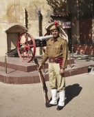 Indian police man at the Four Winds Palace — Stock Photo