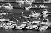 Tekneler ve lüks yat marina — Stok fotoğraf