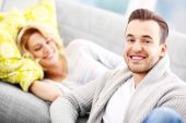 Adult couple relaxing at home — Stock Photo