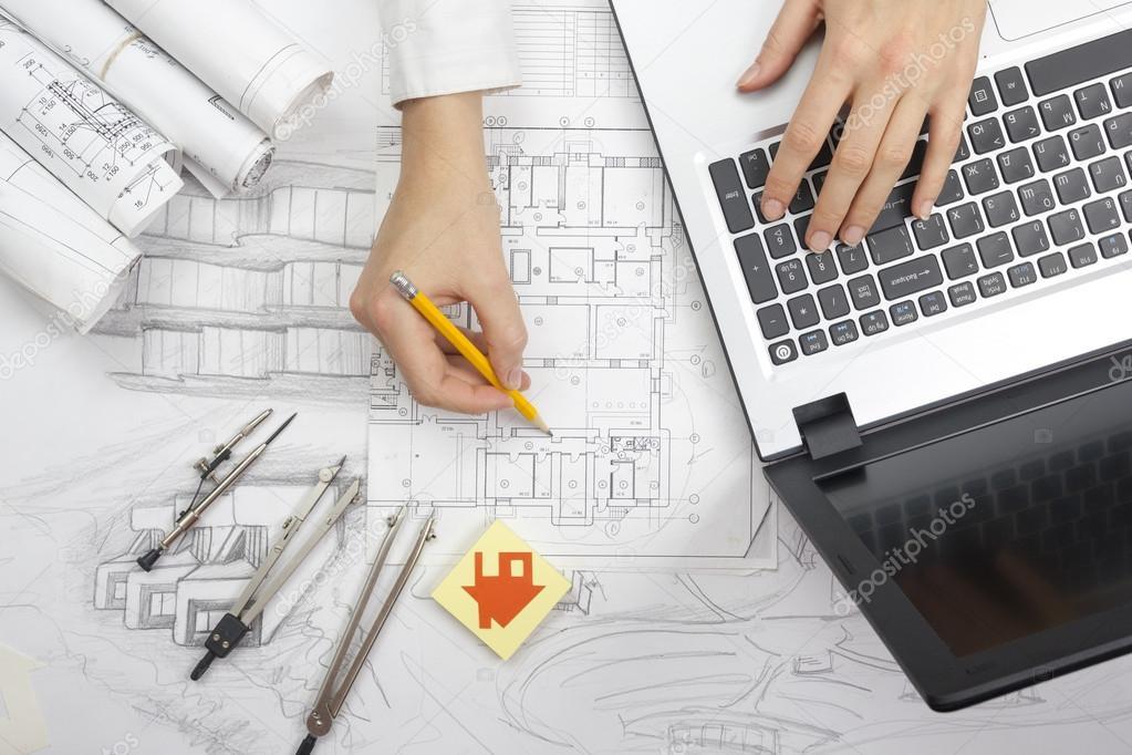 Trabajo sobre planos del arquitecto lugar de trabajo - Planos de arquitectos ...