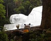 卧佛雕像 ta 铜山、 越南. — 图库照片